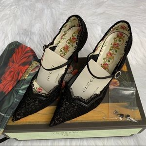Gucci Virginia Lace Mary Jane Pumps